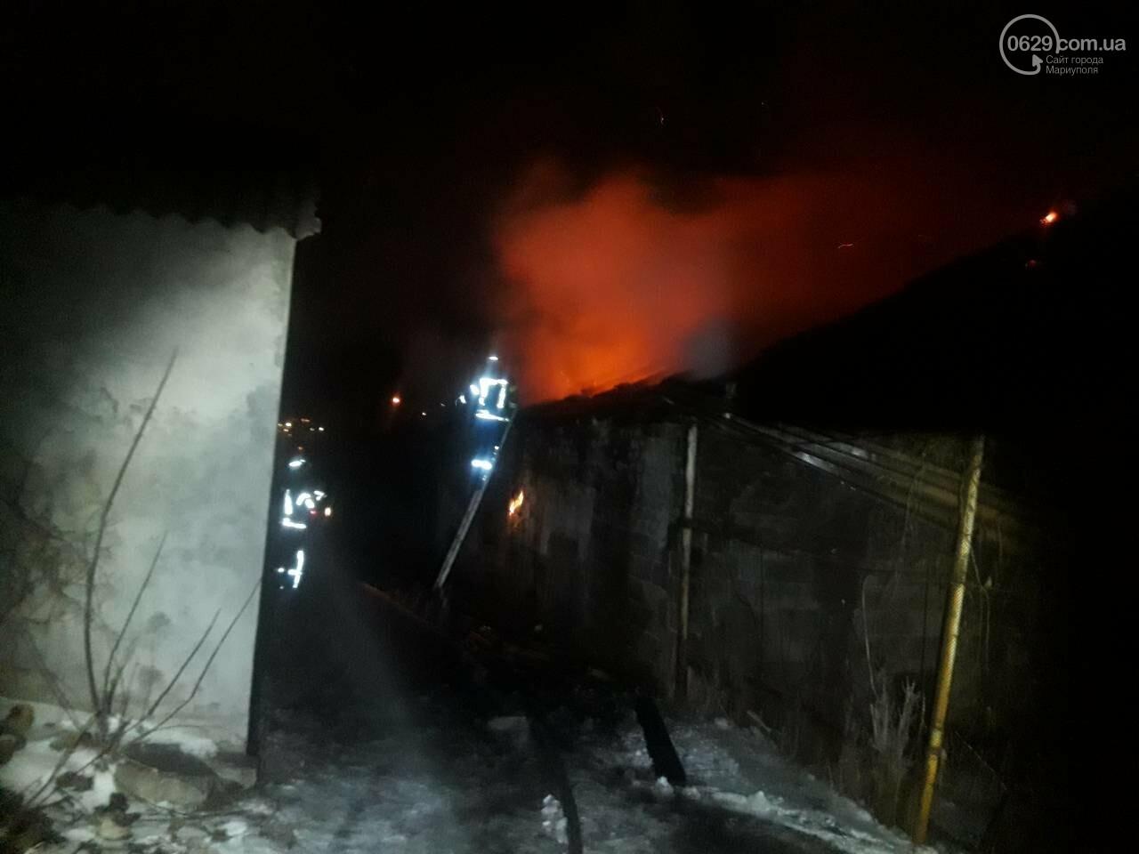 В Мариуполе горит баня военной комендатуры, - ФОТО, фото-1