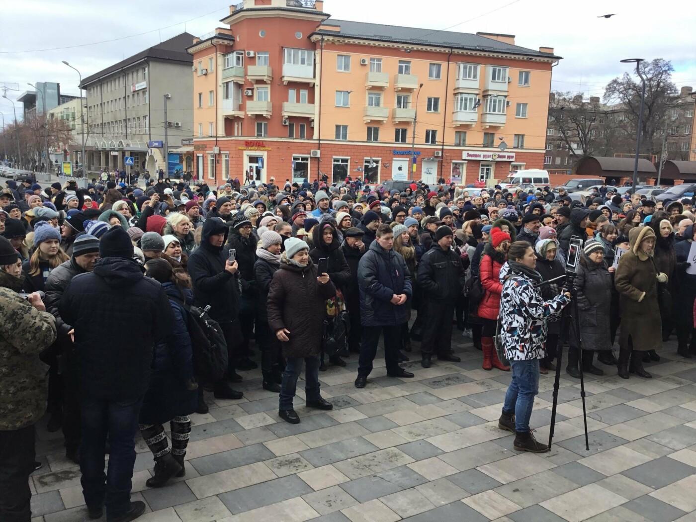 Мариупольцы митингуют против повышения тарифов на проезд, - ФОТО, ВИДЕО, Дополняется, фото-11