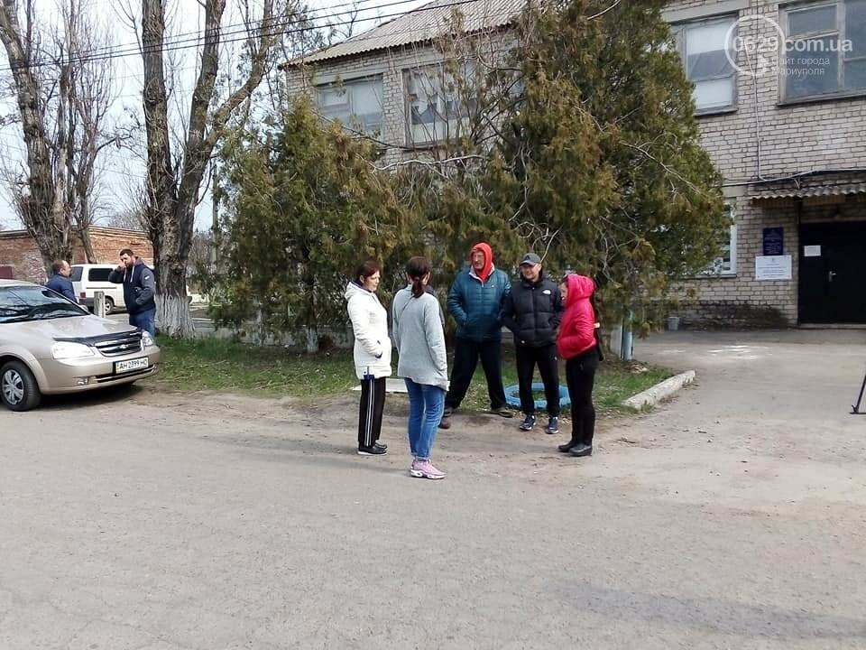 Жители Покровского заявляют, что результаты выборов на их участке подтасованы,- ФОТО, фото-1