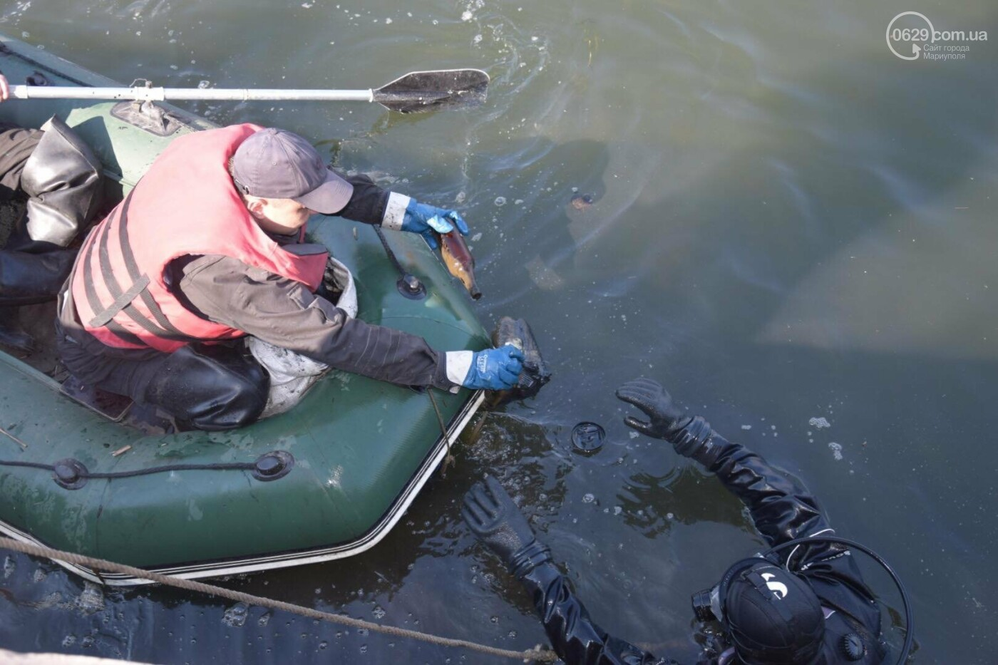 В Мариуполе водолазы очищают Кальчик от пластикового мусора, - ФОТОРЕПОРТАЖ, ВИДЕО, фото-39