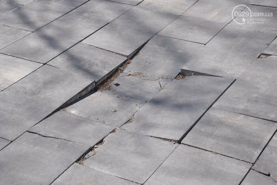 Город против драмтеатра. Кто разломал новую плитку в Мариуполе, и кто будет ее восстанавливать, - ФОТО, ВИДЕО, фото-11