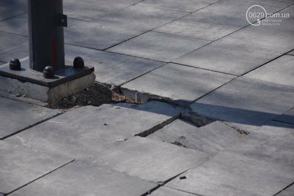 Город против драмтеатра. Кто разломал новую плитку в Мариуполе, и кто будет ее восстанавливать, - ФОТО, ВИДЕО, фото-13