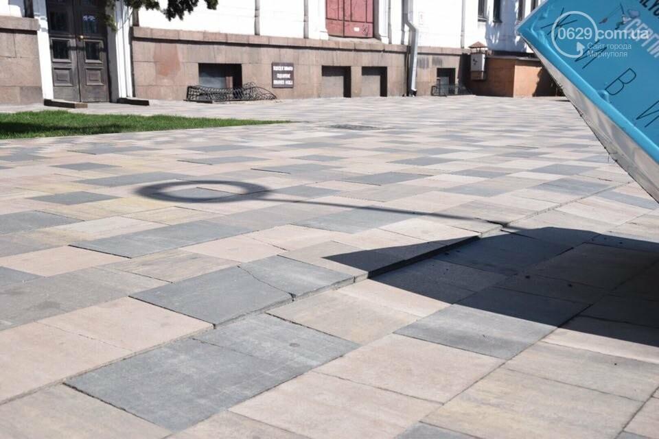 Город против драмтеатра. Кто разломал новую плитку в Мариуполе, и кто будет ее восстанавливать, - ФОТО, ВИДЕО, фото-16
