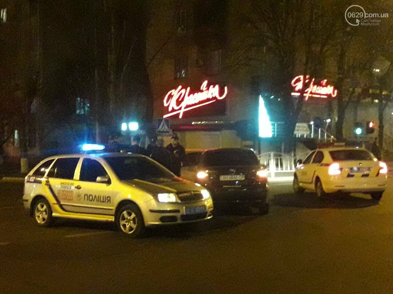 В центре Мариуполя столкнулись два автомобиля, — ФОТО, фото-4