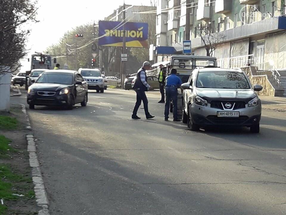 "В Мариуполе столкнулись ""КИА"" и ""Ниссан"", - ФОТО, фото-5"