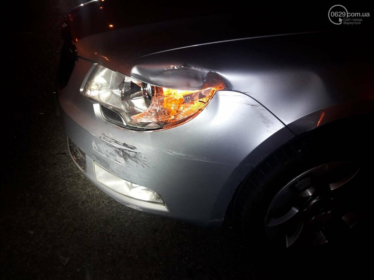 В центре Мариуполя столкнулись два автомобиля, — ФОТО, фото-9