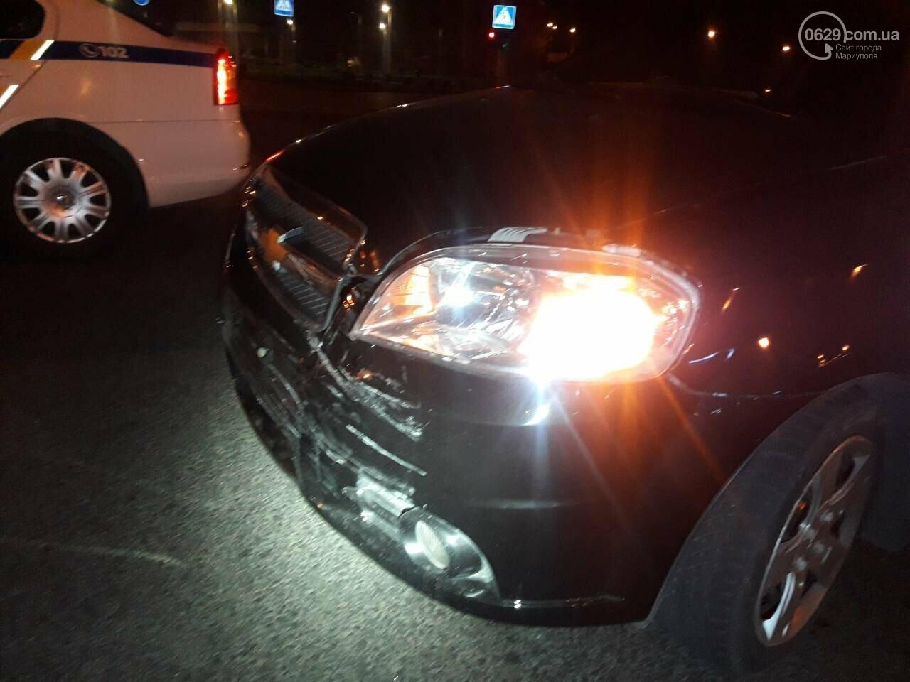 В центре Мариуполя столкнулись два автомобиля, — ФОТО, фото-10