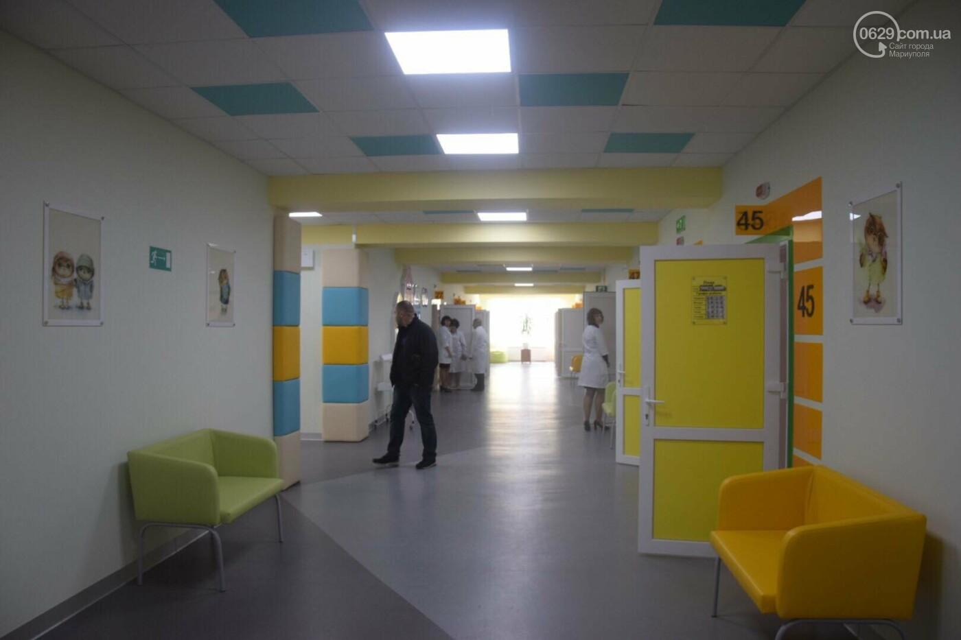 В Мариуполе Владимир Гройсман открыл детскую поликлинику и познакомился с Сережей, - ФОТОРЕПОРТАЖ, ВИДЕО, фото-9