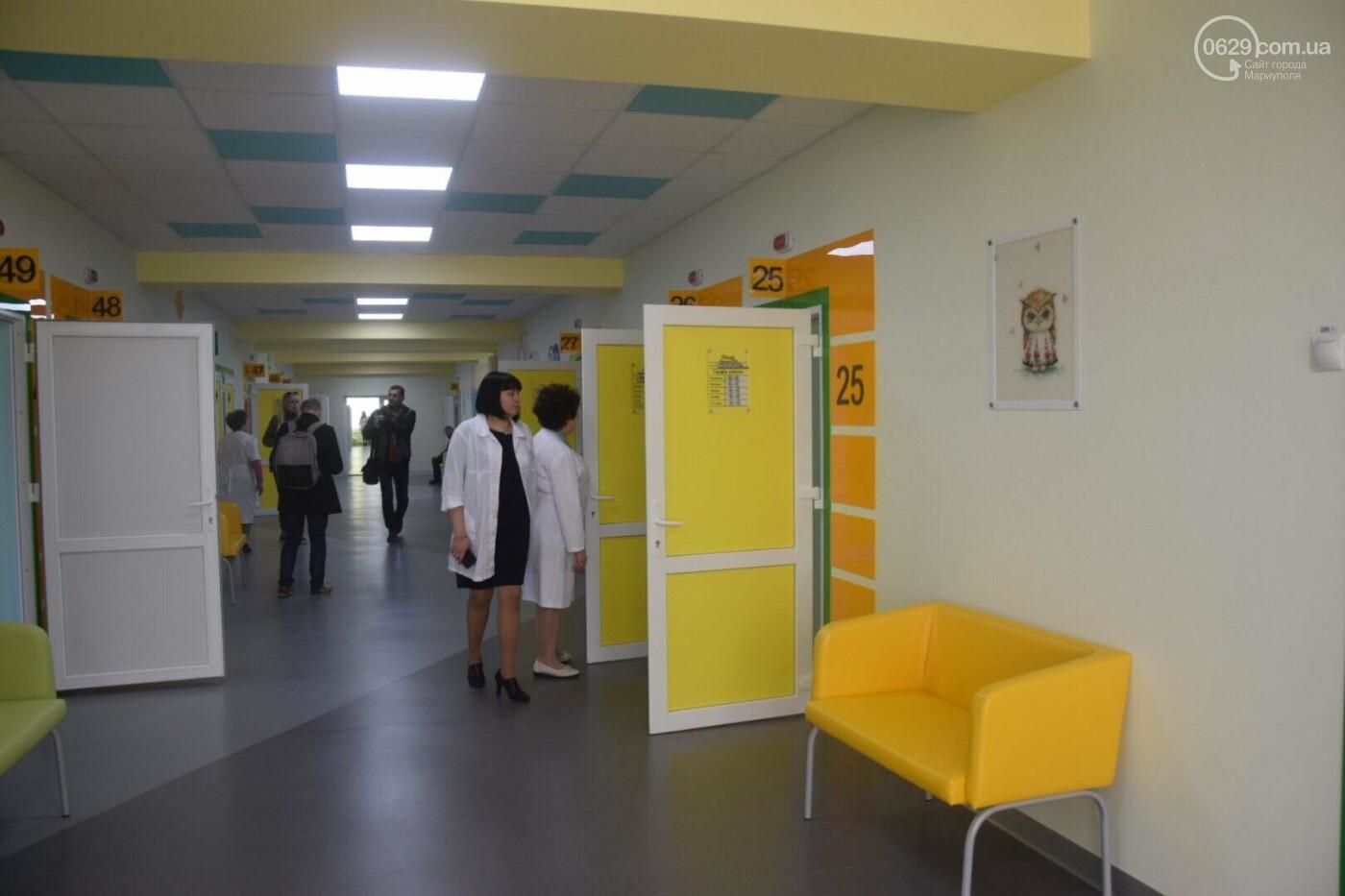 В Мариуполе Владимир Гройсман открыл детскую поликлинику и познакомился с Сережей, - ФОТОРЕПОРТАЖ, ВИДЕО, фото-10
