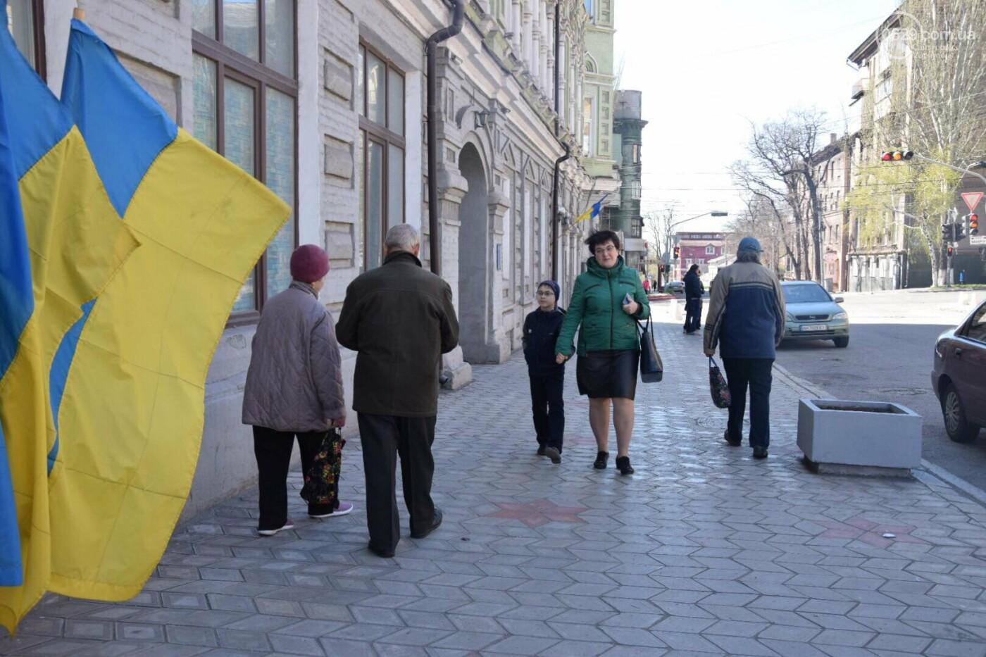 Мариуполь выбирает Президента Украины, - ФОТОРЕПОРТАЖ, фото-37