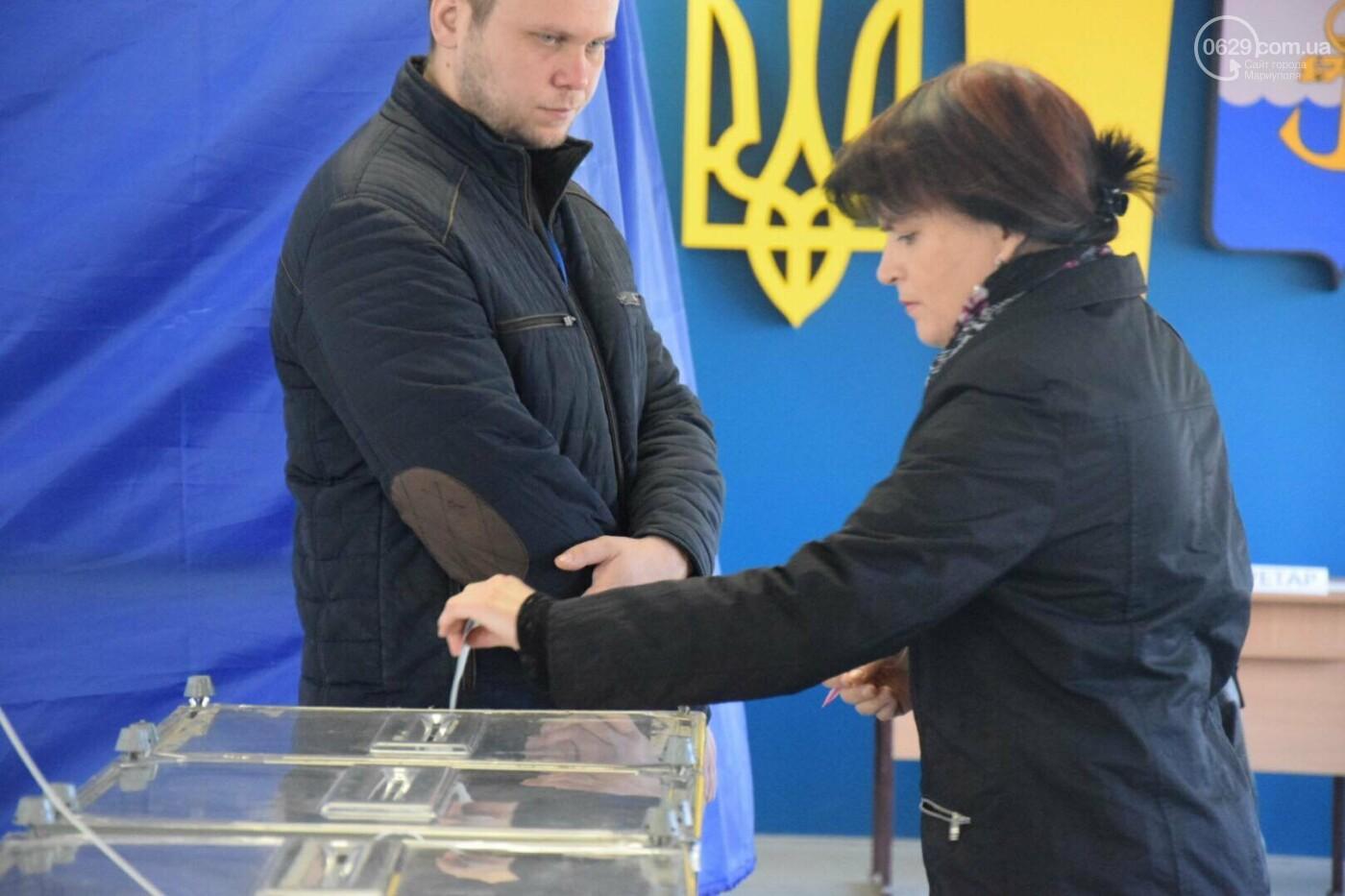 Мариуполь выбирает Президента Украины, - ФОТОРЕПОРТАЖ, фото-49