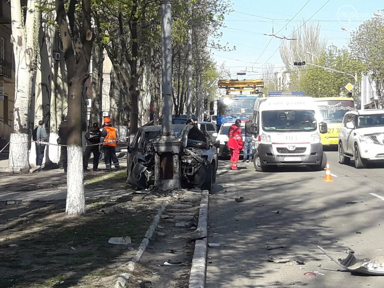 В Мариуполе «Форд» врезался в столб. Водитель погиб, - ФОТО, ВИДЕО, 18+, фото-5