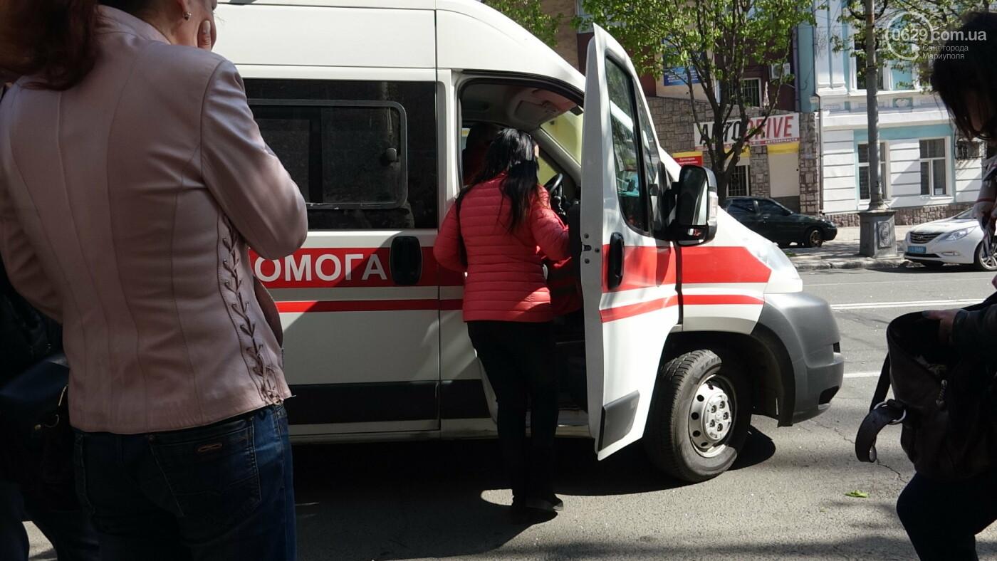 В Мариуполе «Форд» врезался в столб. Водитель погиб, - ФОТО, ВИДЕО, 18+, фото-12