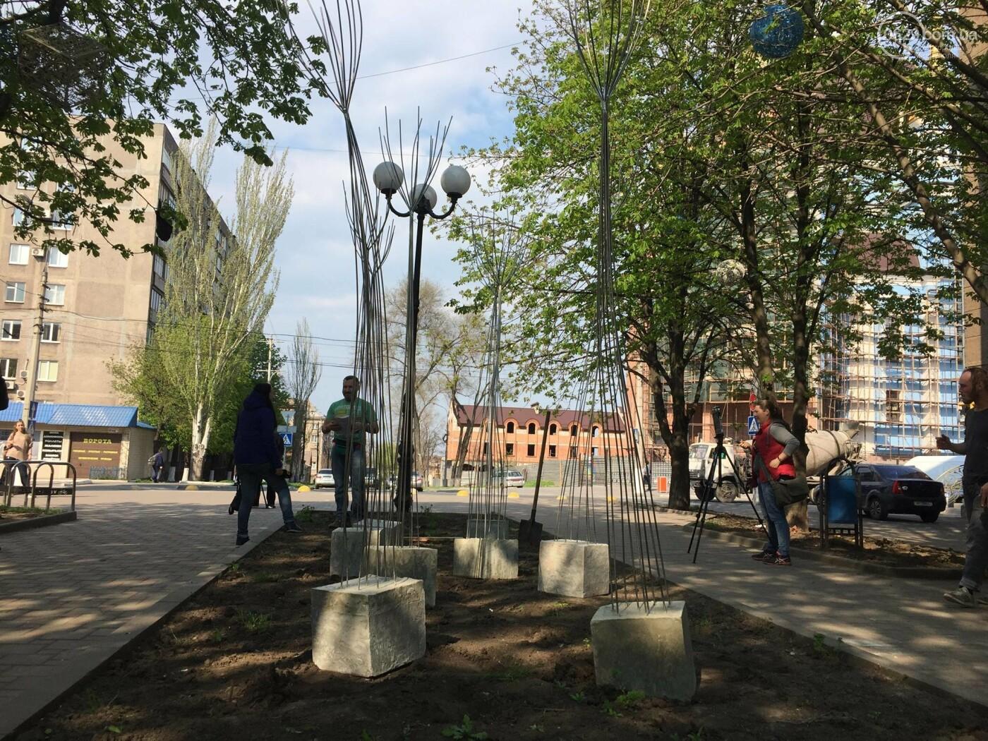 В Мариуполе «высадили» металлические деревья,- ФОТО, ВИДЕО, фото-4