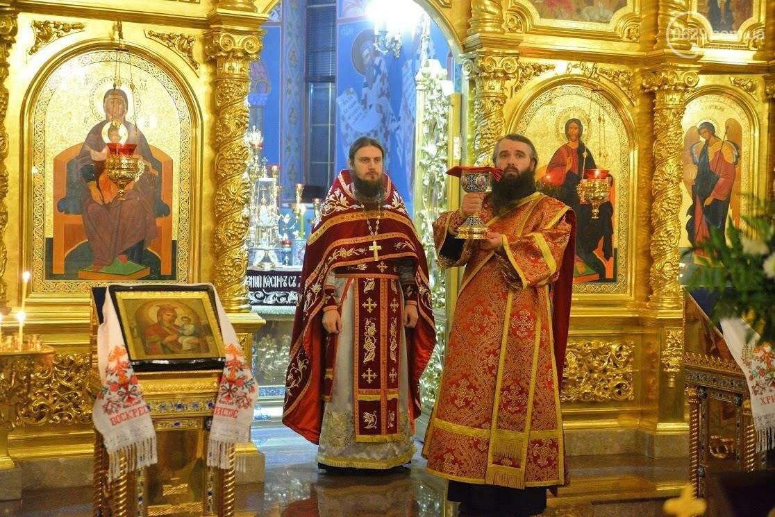 27 апреля Благодатный огонь из Иерусалима доставят в Свято-Покровский храм с.Боевое. Приглашаем на Пасхальное торжество, фото-18