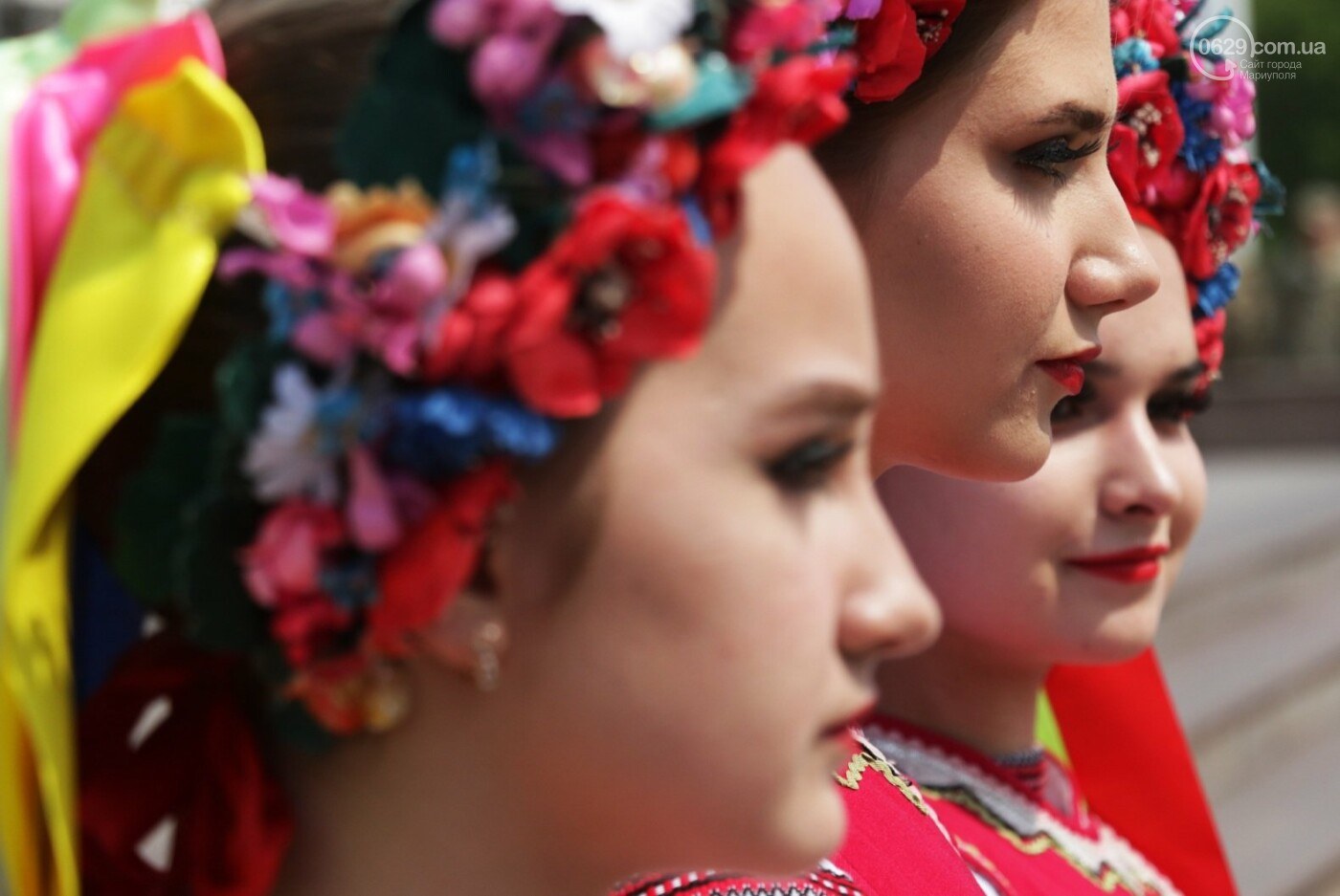 18 фотографий о том, как в Мариуполе призывников провожали, - ФОТО, фото-13