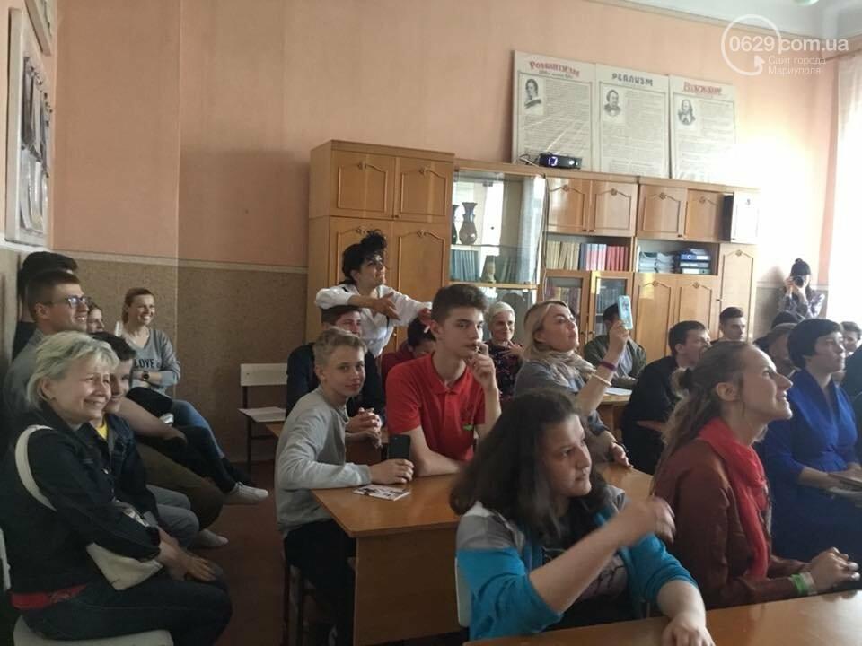 «Мой странный друг Вальтер». Мариупольских школьников шокировали артисты из Берлина,- ФОТО, ВИДЕО, фото-8