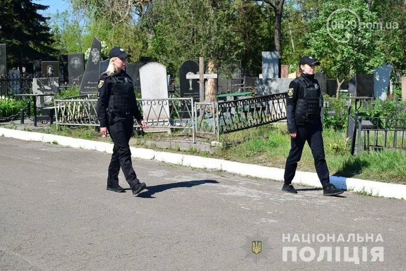 Что происходит на кладбищах в поминальные дни,- ФОТО, фото-2