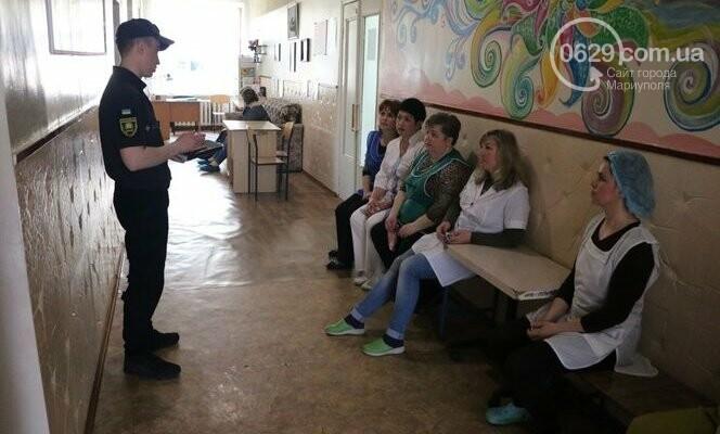 """Из """"горящего"""" санатория в Мариуполе спасали детей, - ФОТО, фото-2"""
