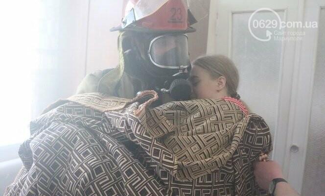 """Из """"горящего"""" санатория в Мариуполе спасали детей, - ФОТО, фото-4"""