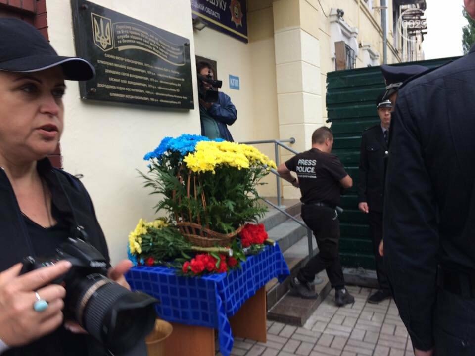Мэр и начальник полиции Донетчины почтили память погибших возле ГУВД 5 лет назад,- ФОТО, ВИДЕО, фото-3