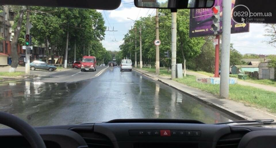 "В Мариуполе на проспекте Нахимова бил ""канализационный фонтан"", - ФОТО, ВИДЕО, фото-5"