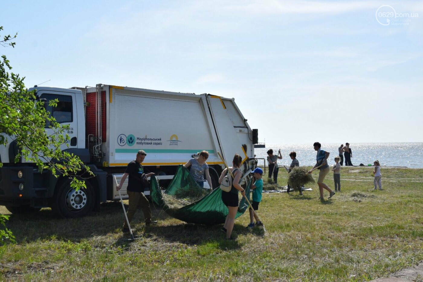 Мариупольцы устроили толоку возле моря, - ФОТО, ВИДЕО, фото-4