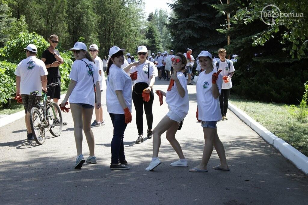 Высаженные аллеи и аккуратный парк: на Донбассе отметили День Европы субботником, фото-6