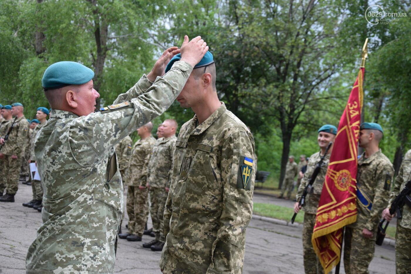 В Мариуполе морпехи присягнули на верность Украине и получили боевое знамя, - ФОТОРЕПОРТАЖ, фото-8