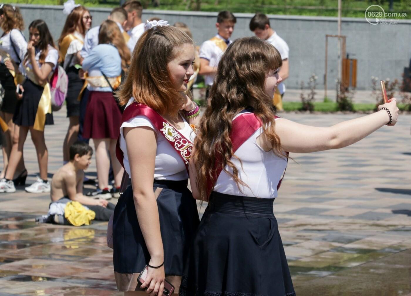 Как мариупольские школьники у десантников фонтаны отбирали, - ФОТОРЕПОРТАЖ, фото-2