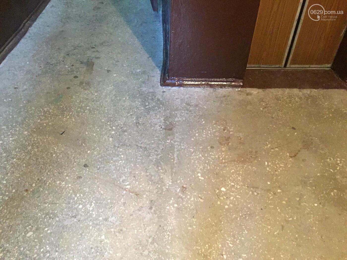 Нож, кровь, фаллоимитаторы: что произошло в мариупольском доме с консьержем, - ФОТО, фото-2