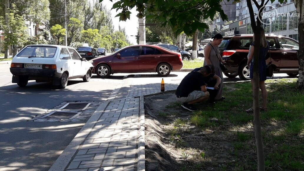 "В Мариуполе на выезде с парковки ""Таврию"" ударила ""Тойота"",- ФОТО, фото-4"