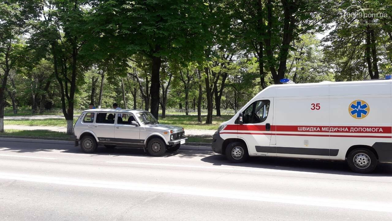 В Мариуполе участницу массового забега увезли в больницу, - ФОТО, ВИДЕО, фото-3