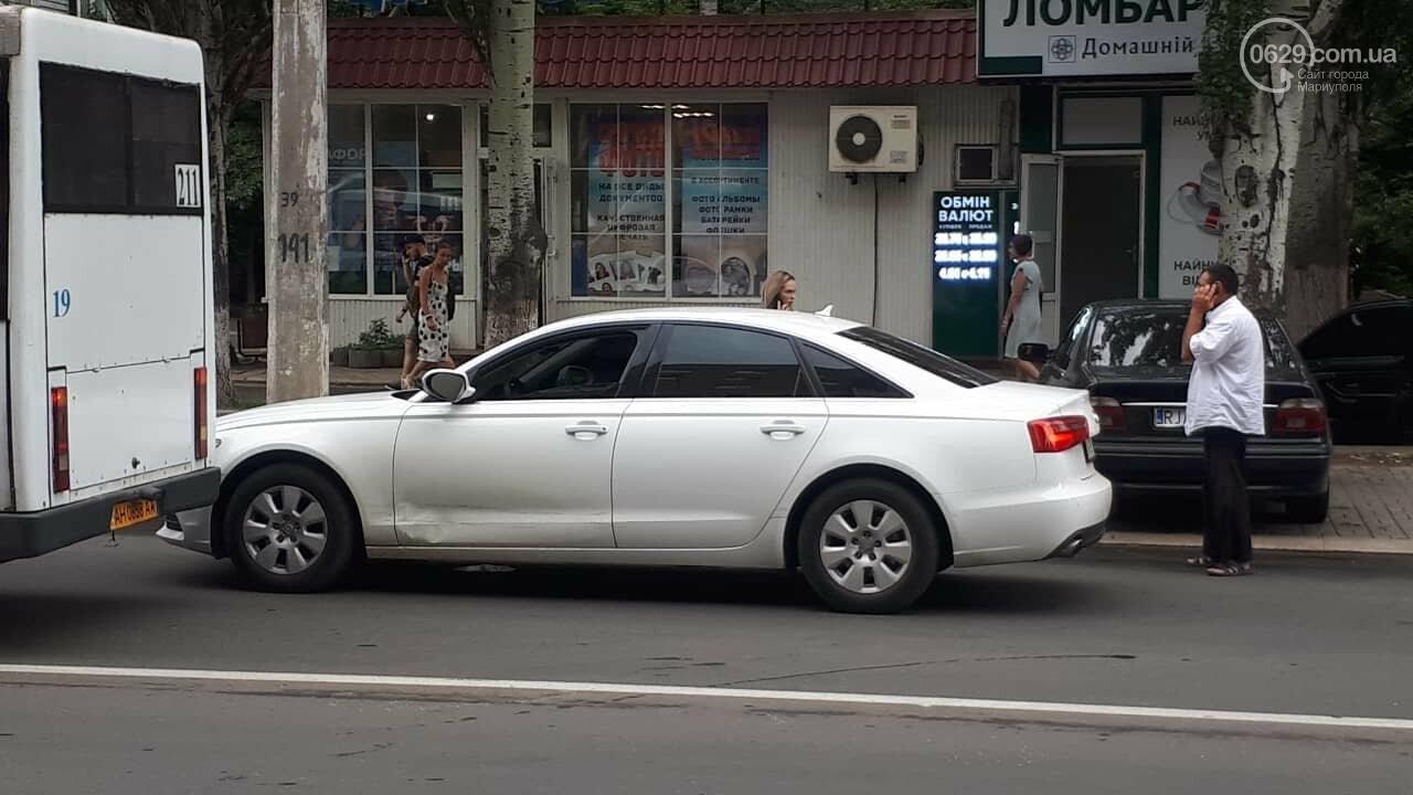 "В Мариуполе маршрутка врезалась в ""Ауди"", - ФОТО, ДОПОЛНЕНО, фото-8"