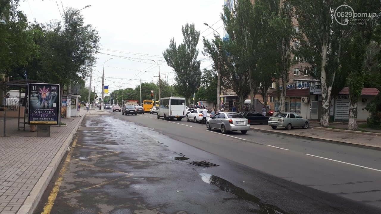 "В Мариуполе маршрутка врезалась в ""Ауди"", - ФОТО, ДОПОЛНЕНО, фото-3"
