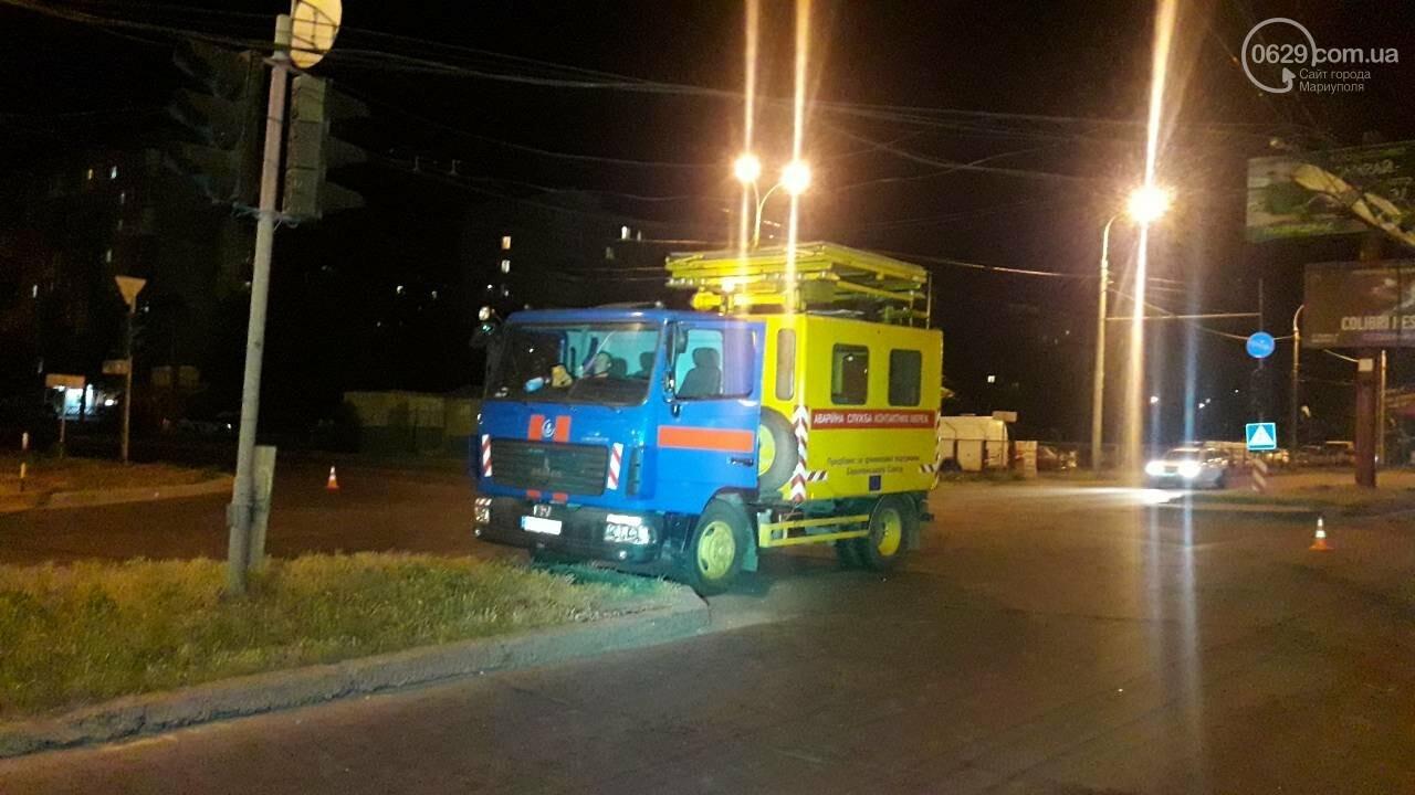 В Мариуполе троллейбус завалил столб на ул. Куприна, - ФОТО, фото-7