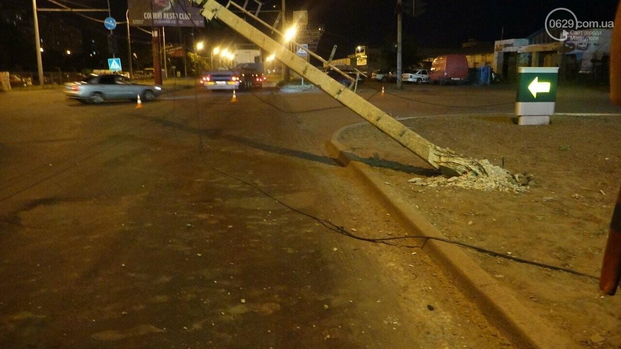 В Мариуполе троллейбус завалил столб на ул. Куприна, - ФОТО, фото-8
