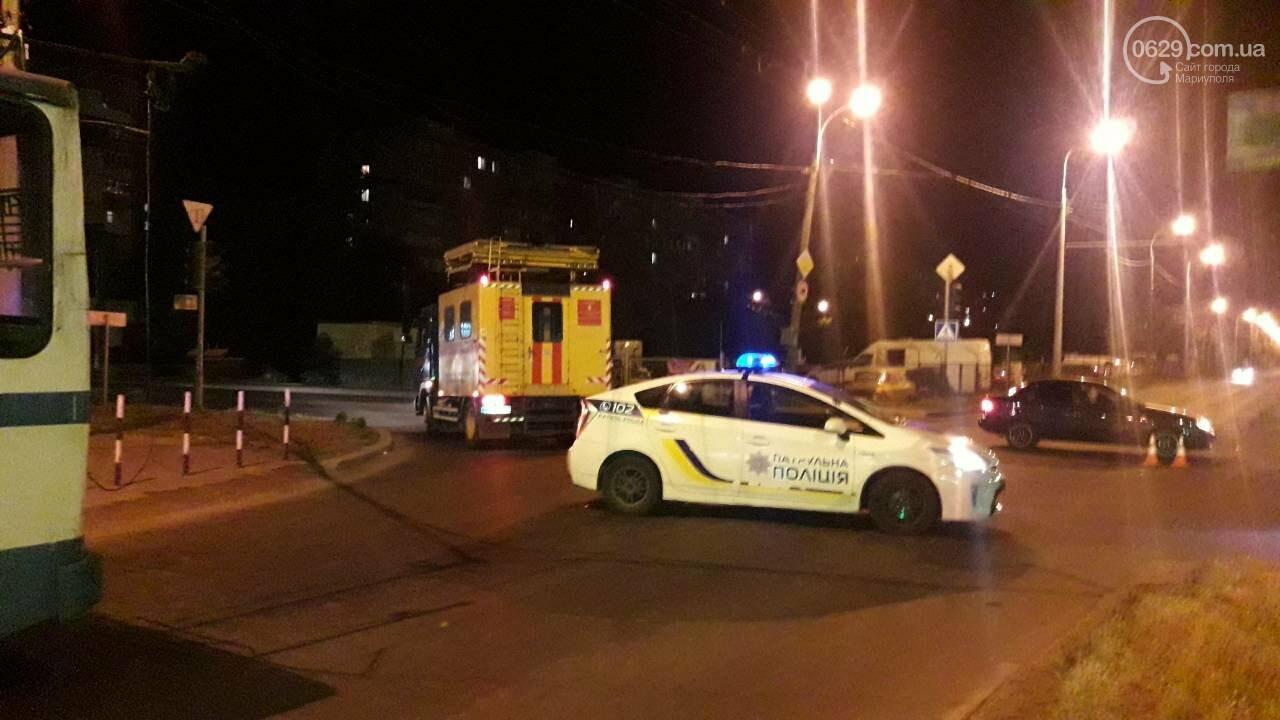 В Мариуполе троллейбус завалил столб на ул. Куприна, - ФОТО, фото-21