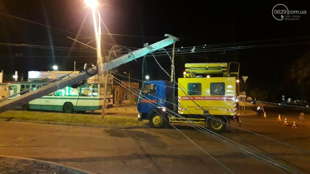 В Мариуполе троллейбус завалил столб на ул. Куприна, - ФОТО, фото-4