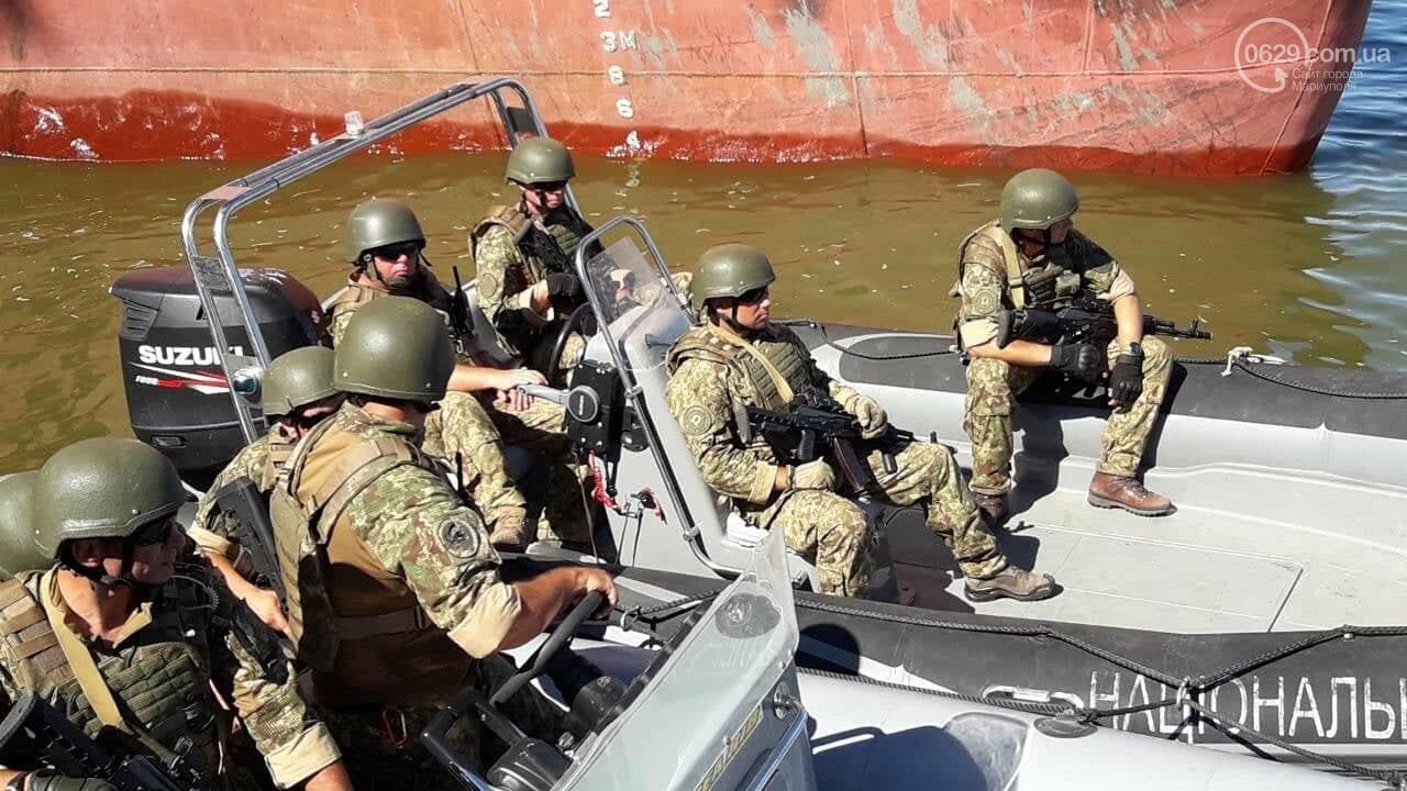 Президент увидел, как в мариупольский порт зашли контрабандисты, -ФОТО, ВИДЕО, фото-12