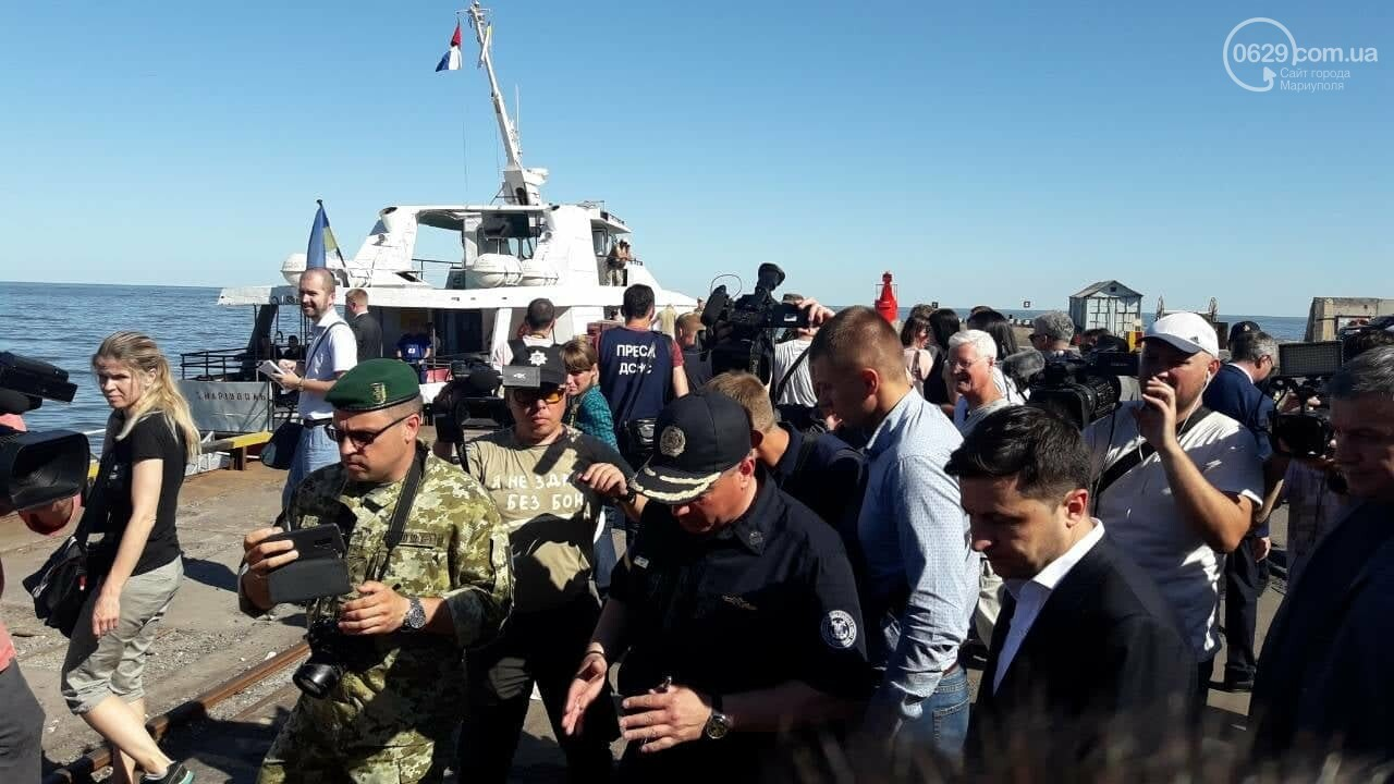 Президент увидел, как в мариупольский порт зашли контрабандисты, -ФОТО, ВИДЕО, фото-11