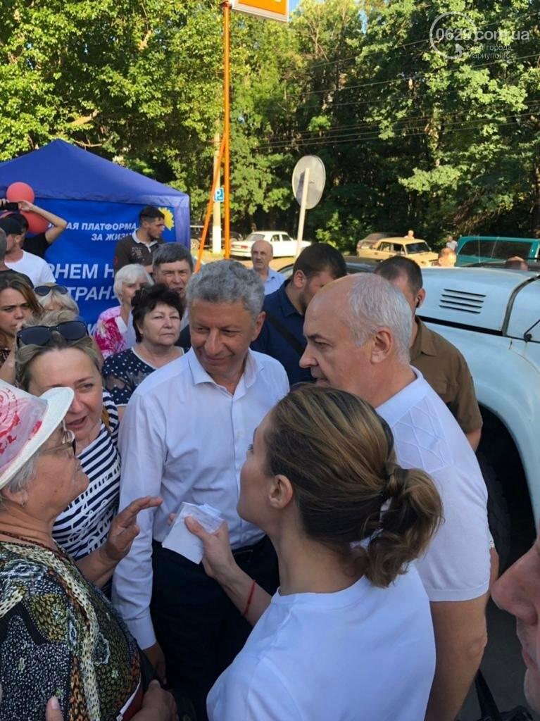 Юрий Бойко и его доверенное лицо Валентин Рыбачук встречаются с жителями Донецкой области, фото-3