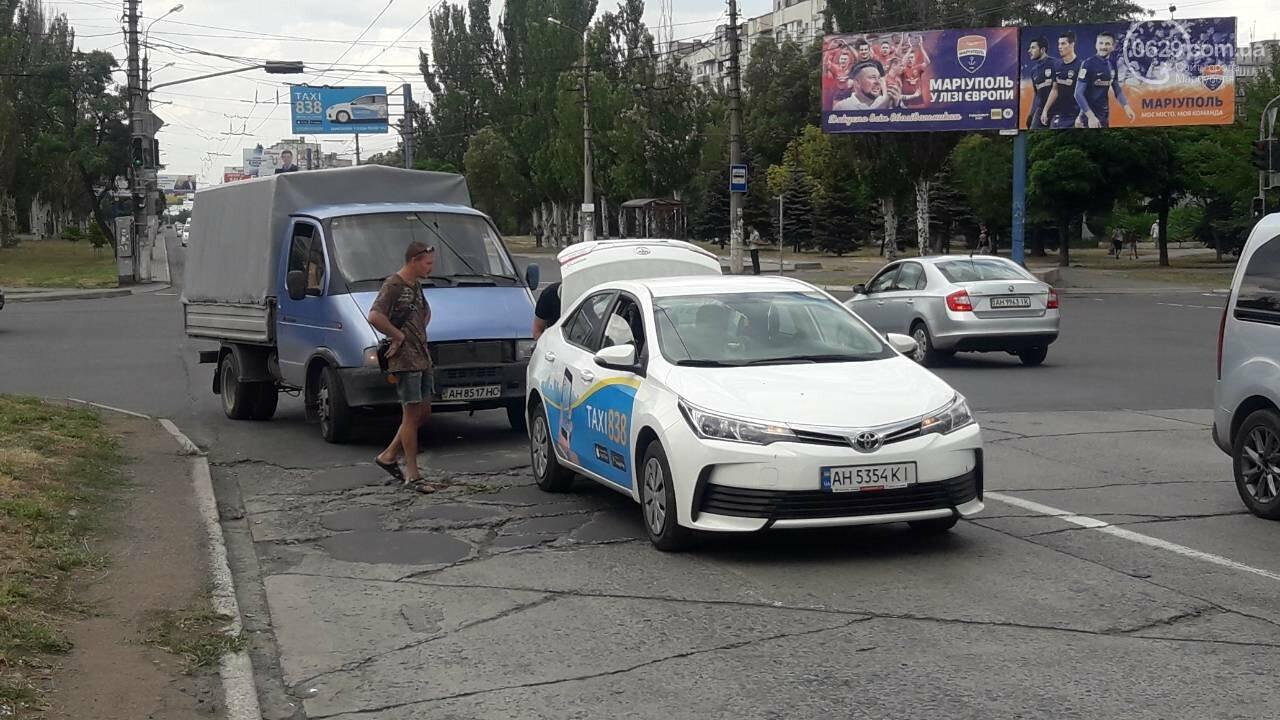 В Мариуполе грузовик догнал такси, - ФОТО, фото-4