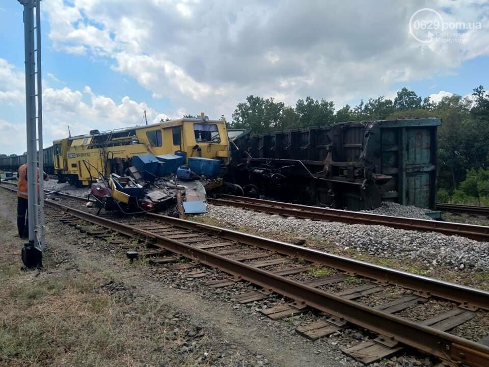Авария на железной дороге: в Волновахе стоят поезда, следующие из Мариуполя, - ДОПОЛНЕНО ФОТО, фото-5