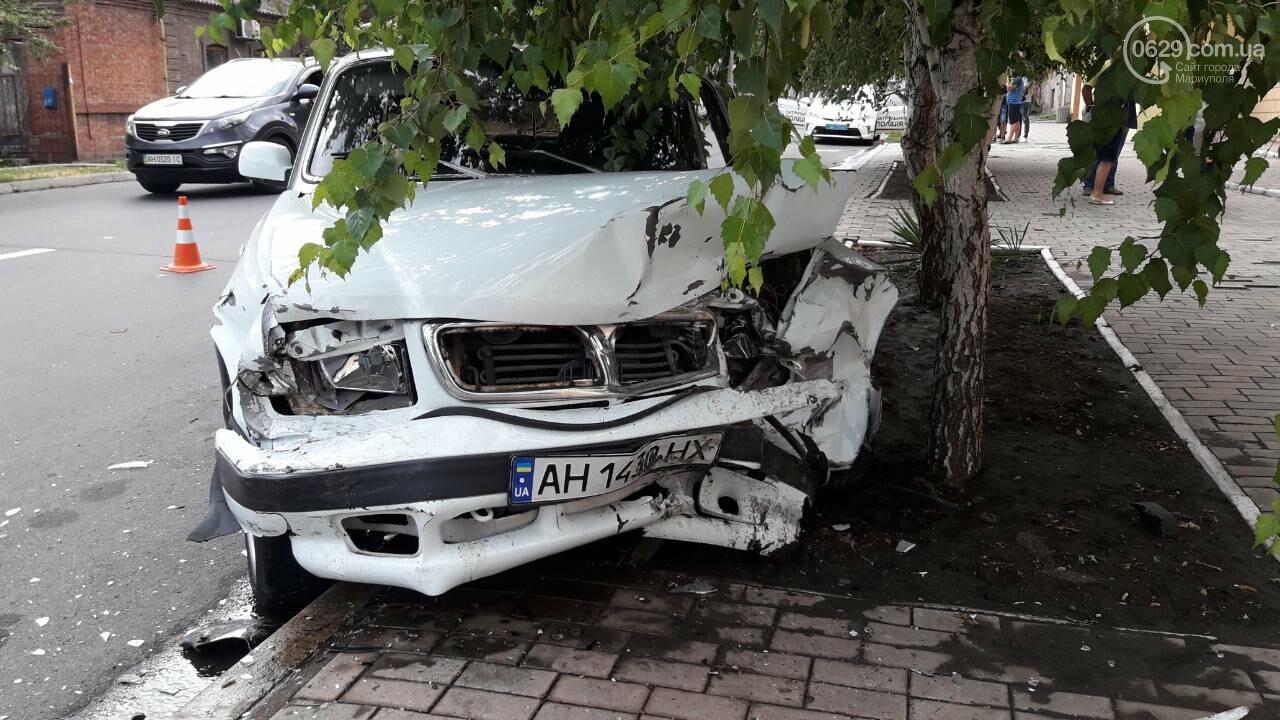 В Мариуполе лоб в лоб столкнулись Волга и Hyundai. Есть пострадавший, - ФОТО, фото-5