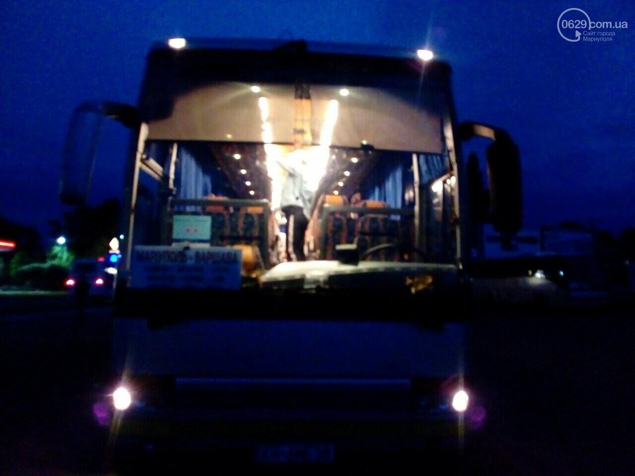 Автобус Варшава - Мариуполь вез пассажиров в...Донецк, - ФОТО, фото-1