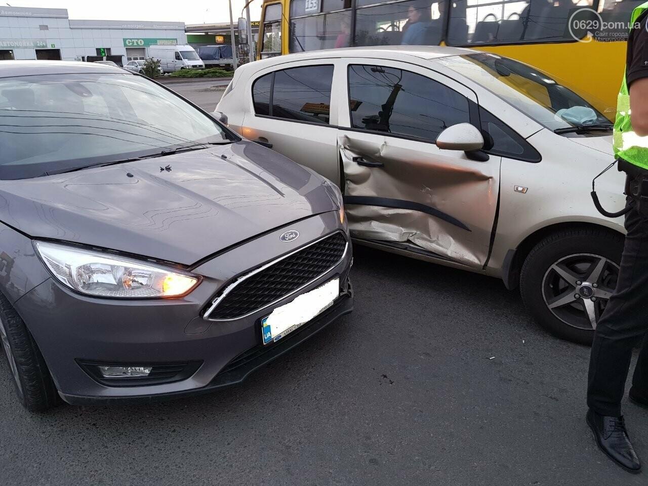 В Мариуполе не поделили перекресток «Опель» и «Форд», - ФОТО, фото-4