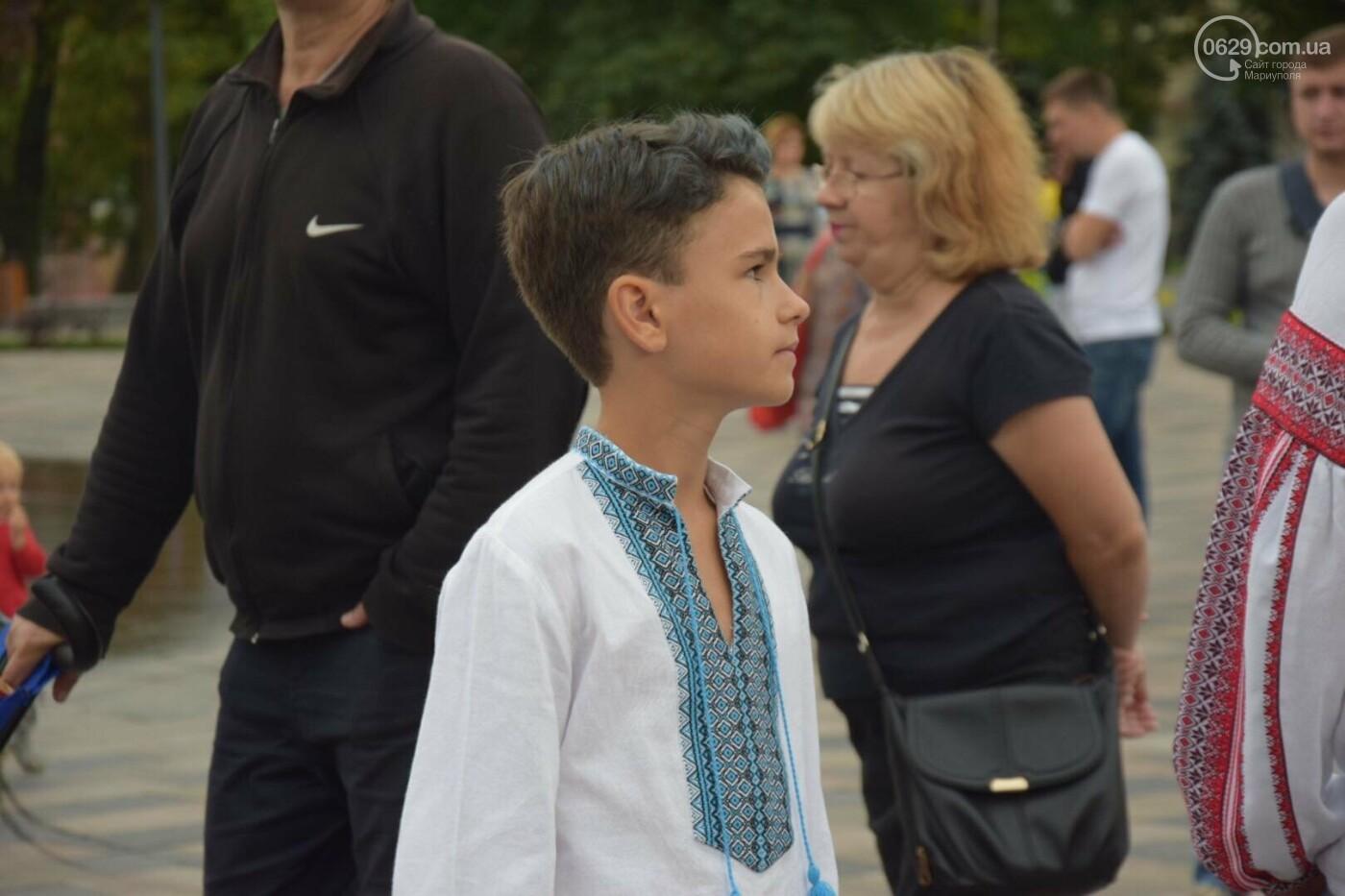 В Мариуполе радостно встретили Закон об украинском языке, - ФОТО, фото-3
