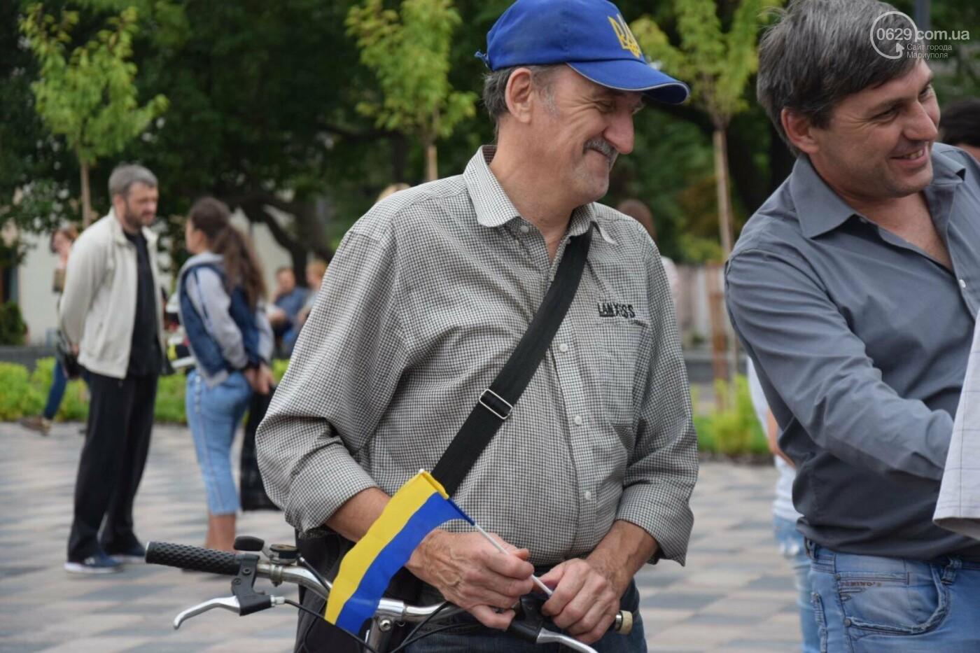 В Мариуполе радостно встретили Закон об украинском языке, - ФОТО, фото-9