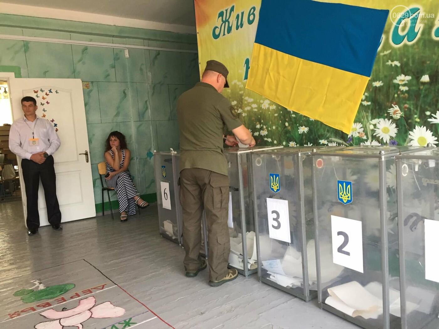 Почему на одном из участков в день голосования выстроилась огромная очередь,- ФОТО, ВИДЕО, фото-1